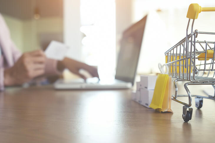 Werk vanuit huis, verplaats uw bedrijf naar de virtuele wereld